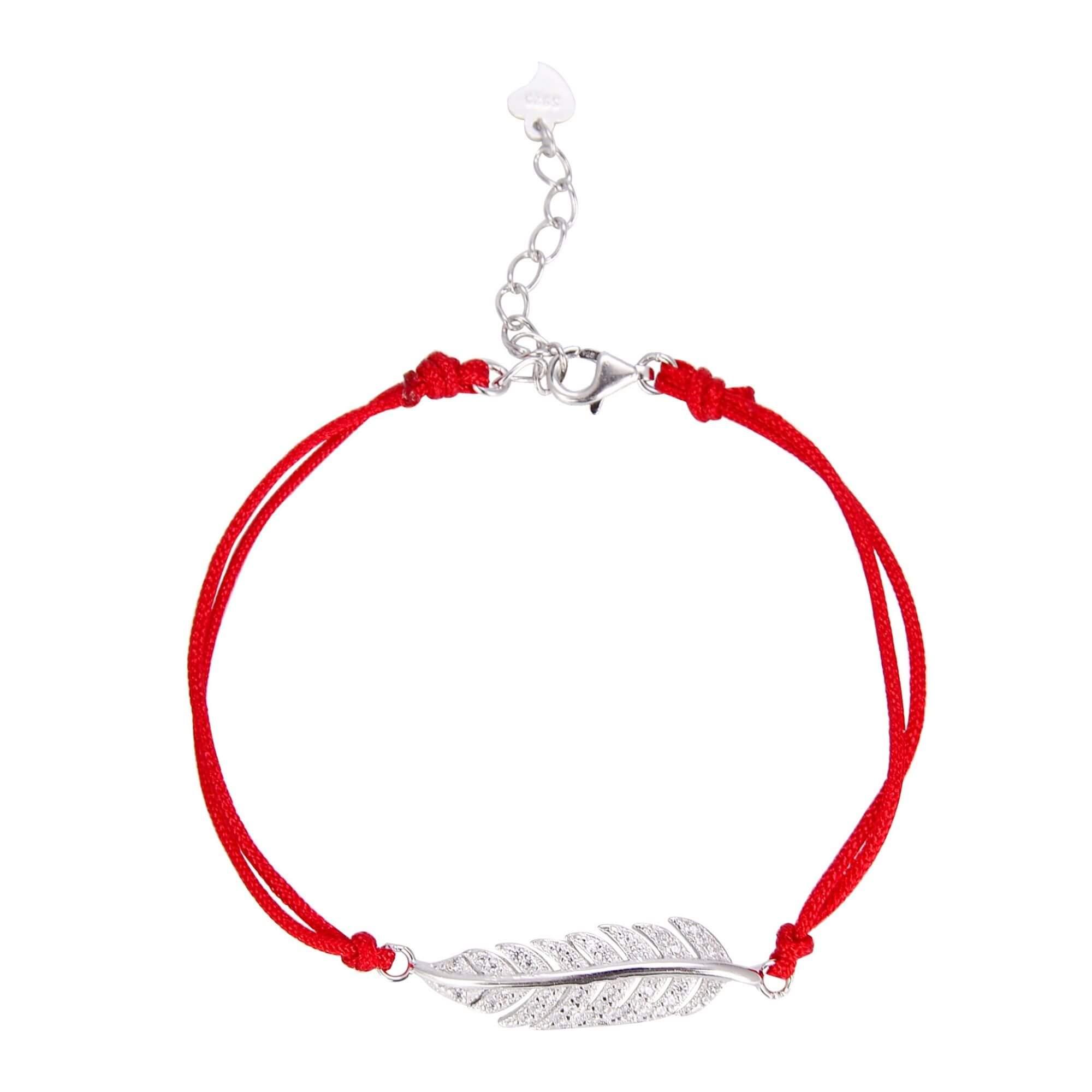 Колекция от продукти: Гривна с червен конец и сребърен елемент предоставени от Silentijewelry