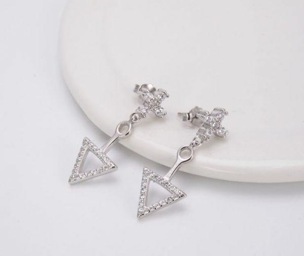 сребърни обеци с кубичен цирконий кръст и триъгълник с тегло от 6.3 грама и цена от четиридесет и пет лева