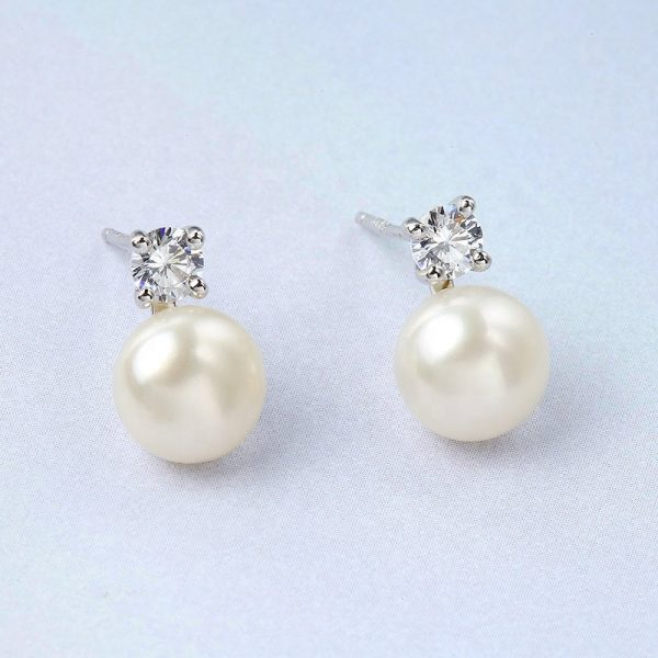 silver earrings with cubic zirconia and pearl