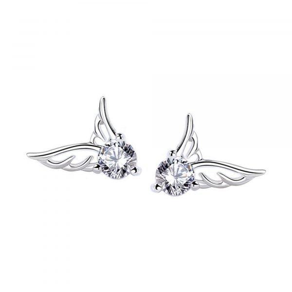 сребърни обеци с кубичен цирконий под формата на ангелски криле на бял фон