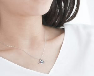 silver eye of nazar necklace