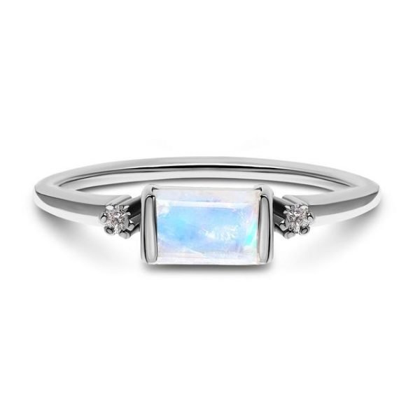 silver ring with moonstone
