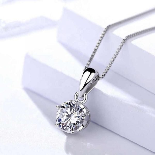 silver necklace with Venetian braid and pendant with round massive cubic zirconia