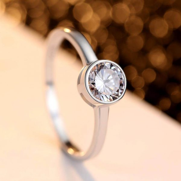 clear silver ring with round cubic zirconia
