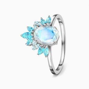 """Сребърен пръстен """"Божественост"""""""